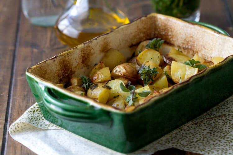 casserole with greek lemon potatoes