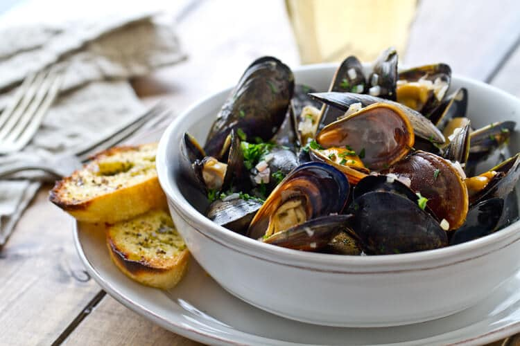 close of photo of the mussels recipe.
